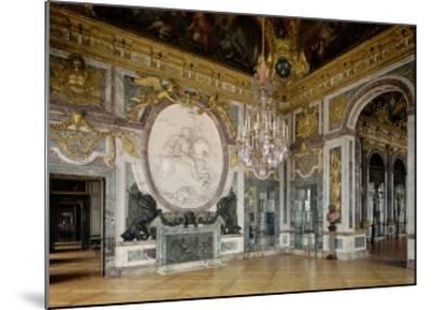 The Salon De La Guerre (War Room) 1678-84-Jules Hardouin Mansart-Mounted Giclee Print
