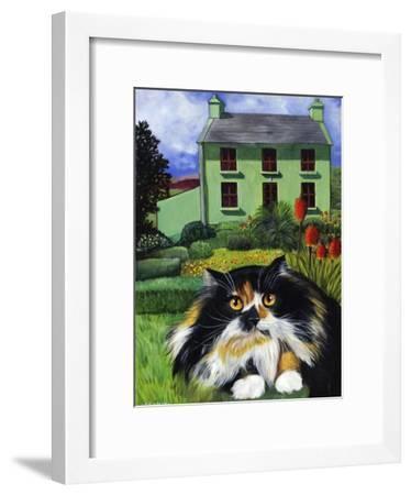 Persian Cat in Ireland (Chat Persan En Irland)-Isy Ochoa-Framed Giclee Print