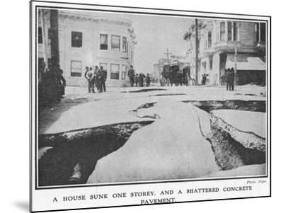 Aftermath of the 1906 San Francisco Earthquake, 1906--Mounted Giclee Print
