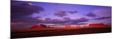 Monument Valley, Arizona, USA--Mounted Photographic Print
