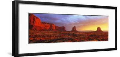 Sunrise, Monument Valley, Arizona, USA--Framed Photographic Print