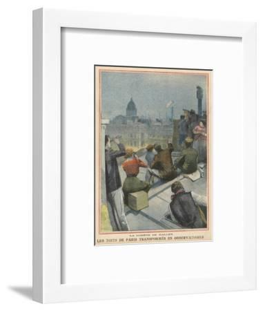 Parisians Gather on Their Rooftops to Observe Halley's Comet--Framed Giclee Print