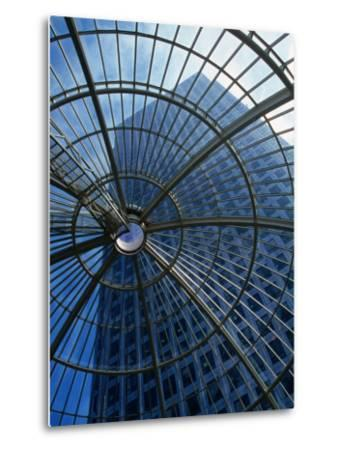 An Eye on the Sky, Canary Wharf - London, England-Doug McKinlay-Metal Print