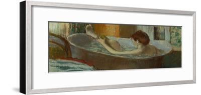 Woman in Her Bath, Washing a Leg, 1883-1884-Edgar Degas-Framed Giclee Print