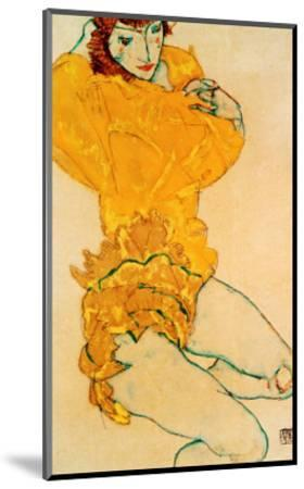 Woman Undressing, 1914-Egon Schiele-Mounted Giclee Print