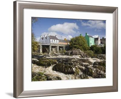 Sneem River Below Road Bridge in Village on Ring of Kerry Tourist Route, Iveragh Peninsula, Munster-Pearl Bucknall-Framed Photographic Print