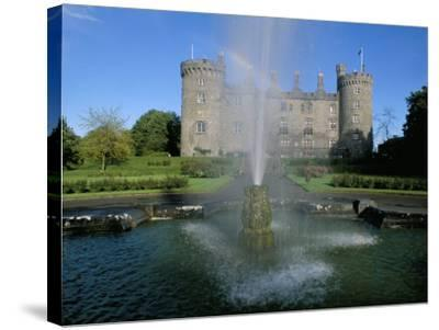 The Castle, Kilkenny, County Kilkenny, Leinster, Eire (Ireland)-Bruno Barbier-Stretched Canvas Print