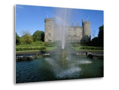 The Castle, Kilkenny, County Kilkenny, Leinster, Eire (Ireland)-Bruno Barbier-Metal Print
