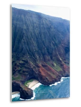 Na Pali, North Coast of the Island of Kauai, Hawaii, USA-Ethel Davies-Metal Print