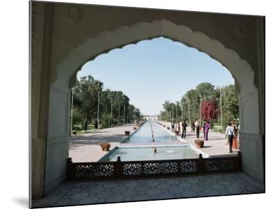 Shalimar Gardens, Unesco World Heritage Site, Lahore, Punjab, Pakistan-Robert Harding-Mounted Photographic Print