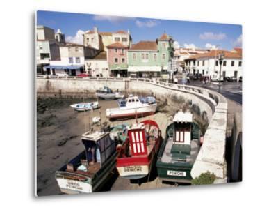 Fishing Boats at Low Tide, Peniche, Estremadura, Portugal-Ken Gillham-Metal Print