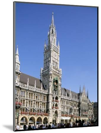 Town Hall, Munich, Bavaria, Germany-Peter Scholey-Mounted Photographic Print