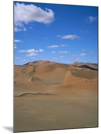 Sossusvlei Sand Dunes, Namib Naukluft Park, Namibia, Africa-Geoff Renner-Mounted Photographic Print