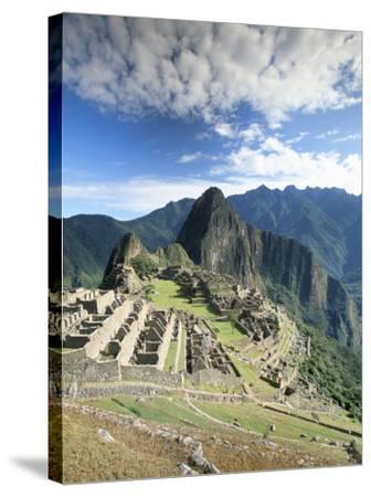 Inca Ruins in Morning Light, Machu Picchu, Unesco World Heritage Site, Urubamba Province, Peru-Gavin Hellier-Stretched Canvas Print