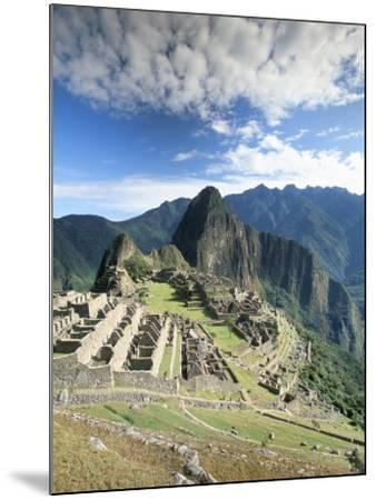 Inca Ruins in Morning Light, Machu Picchu, Unesco World Heritage Site, Urubamba Province, Peru-Gavin Hellier-Mounted Photographic Print