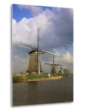 Canal and Windmills at Kinderdijk, Unesco World Heritage Site, Holland-Gavin Hellier-Metal Print