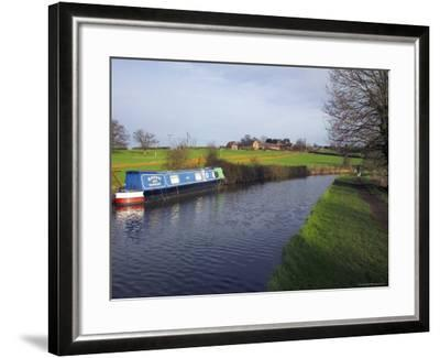 Narrow Boat on the Worcester and Birmingham Canal, Tardebigge Locks, Worcestershire, England-David Hughes-Framed Photographic Print