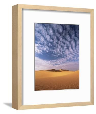 Sand Dunes in Erg Chebbi Sand Sea, Sahara Desert, Near Merzouga, Morocco, North Africa, Africa-Lee Frost-Framed Photographic Print