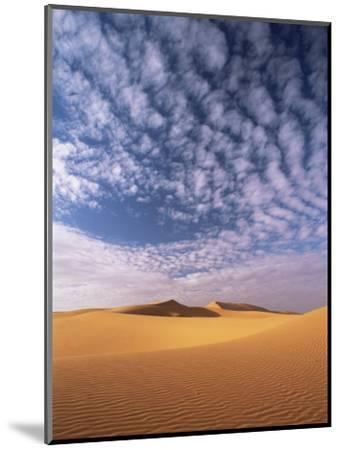 Sand Dunes in Erg Chebbi Sand Sea, Sahara Desert, Near Merzouga, Morocco, North Africa, Africa-Lee Frost-Mounted Photographic Print