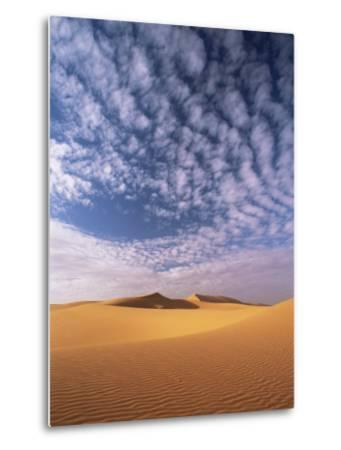 Sand Dunes in Erg Chebbi Sand Sea, Sahara Desert, Near Merzouga, Morocco, North Africa, Africa-Lee Frost-Metal Print