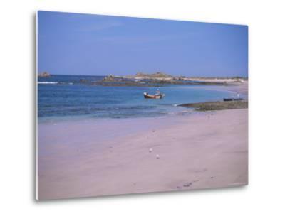 Cobo Bay, Guernsey, Channel Islands, United Kingdom-J Lightfoot-Metal Print