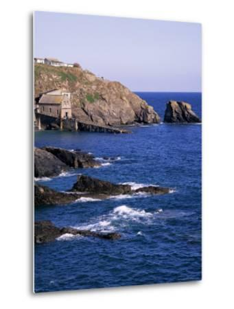 Lizard Point, Cornwall, England, United Kingdom-Roy Rainford-Metal Print