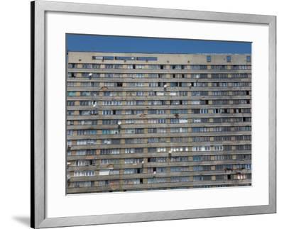 War Damaged Apartment Block, Sarajevo, Bosnia, Bosnia-Herzegovina-Graham Lawrence-Framed Photographic Print