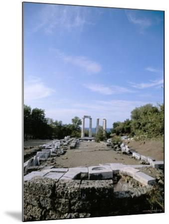 Temple of Nike, Samothraki (Samothrace), Aegean Islands, Greek Islands, Greece-Oliviero Olivieri-Mounted Photographic Print