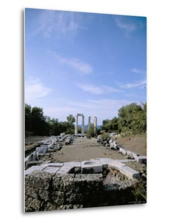 Temple of Nike, Samothraki (Samothrace), Aegean Islands, Greek Islands, Greece-Oliviero Olivieri-Metal Print