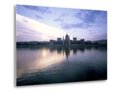 River Danube, Budapest, Hungary-Oliviero Olivieri-Metal Print