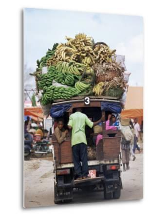 Van Loaded with Bananas on Its Roof Leaving the Market, Stone Town, Zanzibar, Tanzania-Yadid Levy-Metal Print
