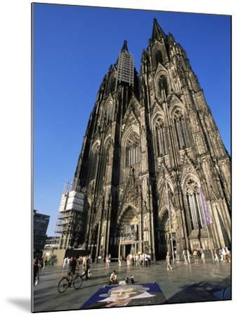 Cologne Cathedral, Cologne, Unesco World Heritage Site, North Rhine Westphalia, Germany-Yadid Levy-Mounted Photographic Print