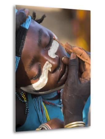 Face Painting with a Mixture of Clay, Turmi, Ethiopia-Jane Sweeney-Metal Print