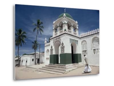 Riyadha Mosque, Lamu Island, Kenya, East Africa, Africa-Upperhall-Metal Print