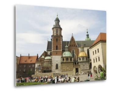 Wawel Cathedral, Royal Castle Area, Krakow (Cracow), Unesco World Heritage Site, Poland-R H Productions-Metal Print