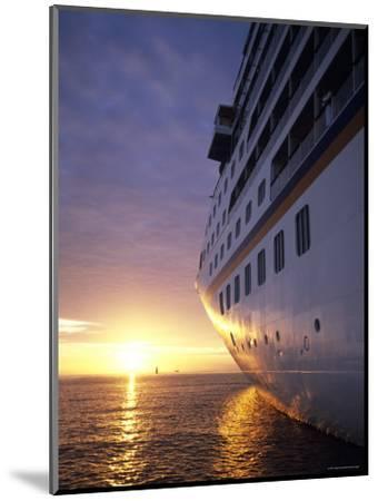 Cruise Ship at Sunset, Reykjavik, Reykjavik, Iceland-Holger Leue-Mounted Photographic Print