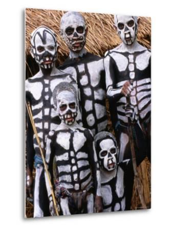 Sing Sing Group Members with Skeleton-Like Body Paint at Mt. Hagen Cultural Show, Papua New Guinea-John Banagan-Metal Print