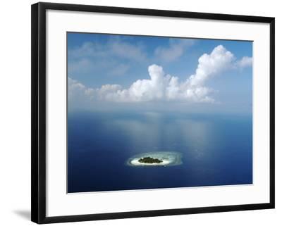 Kandholhudu Island, Ari Atoll, Alifu, Maldives-Felix Hug-Framed Photographic Print