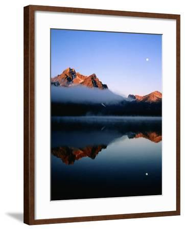 Dawn at Stanley Lake, Sawtooth Mountains, Near Stanley, Stanley, Idaho-Holger Leue-Framed Photographic Print