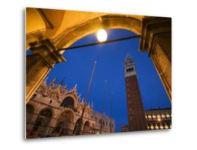 Basilica di San Marco and the Campanile, Venice, Italy-Krzysztof Dydynski-Metal Print