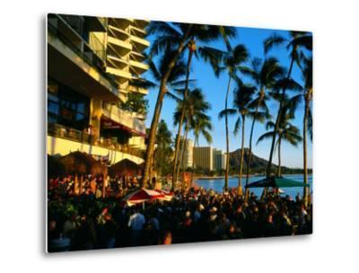Pub at Waikiki Beach, Oahu, Hawaii-Holger Leue-Metal Print