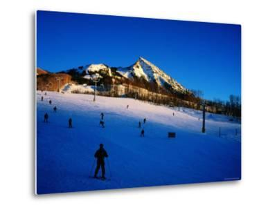 Skiers at Mt. Crested Butte, Crested Butte, Colorado-Holger Leue-Metal Print