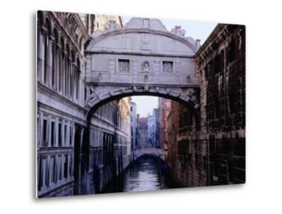 Ponte Dei Sospiri or The Bridge of Sighs, Venice, Italy-Glenn Beanland-Metal Print