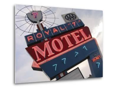 Royal 7 Motel Sign, Bozeman, Montana, USA-Nancy & Steve Ross-Metal Print