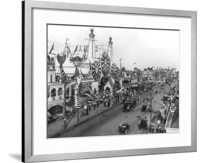 Luna Park and Surf Avenue-Irving Underhill-Framed Photo