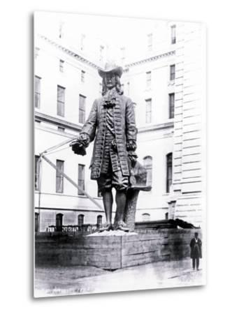 Statue of William Penn in Courtyard of City Hall, Philadelphia, Pennsylvania--Metal Print