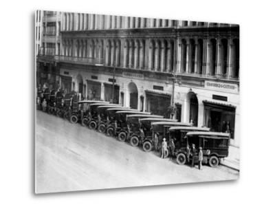 Strawbridge and Clothier Delivery Vans, Philadelphia, Pennsylvania--Metal Print