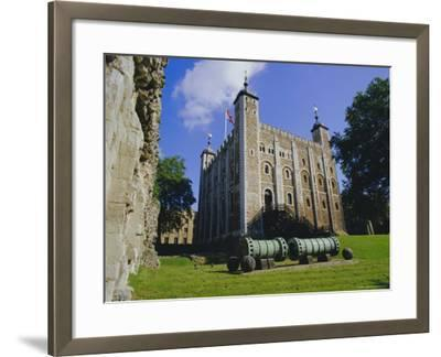 The White Tower, Tower of London, London, England, UK-Walter Rawlings-Framed Photographic Print