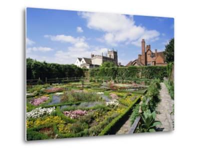 Nash House Gardens, Stratford-Upon-Avon, Warwickshire, England, UK, Europe-Philip Craven-Metal Print