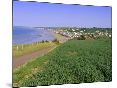 D-Day Beach, Arromanches, Normandie (Normandy), France, Europe-Gavin Hellier-Mounted Photographic Print